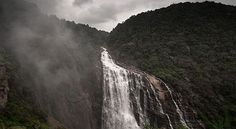 Lush green forests, towering waterfalls and quaint old temples make Sirsi in the Uttara Karnataka district a popular d Famous Waterfalls, Beautiful Waterfalls, Jog Falls, Travel Around The World, Around The Worlds, Hill Station, Tourist Places, Karnataka, Incredible India