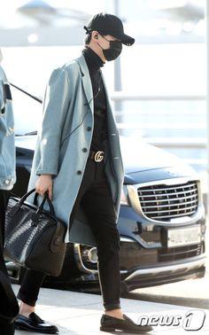 BTS (Suga) Airport Style