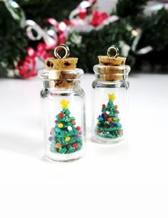 Christmas Tree Necklace For Gifts, Creative Christmas Gift Ideas, Cute Christmas Tree #christmas #gift #idea www.loveitsomuch.com