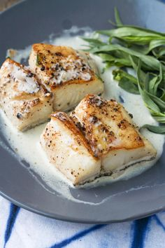 Delicious and simple, learn how to pan sear cod and make an easy, creamy pan sauce with white wine and heavy cream!  #cod #codrecipe #keto