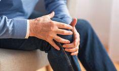 Αρθρίτιδα γόνατος: Το μπαχαρικό που ανακουφίζει από τους πόνους - Onmed.gr Knee Problem, Aging Parents, Self Massage, Good Doctor, Knee Pain, Treat Yourself, How To Run Longer, It Hurts, Cartilage