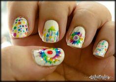 Tie-dye fingernails