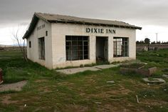 Dixie Inn. Barstow, California.