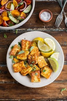 Fried halloumi for my tomato salad with pita croutons recipe #salad #vegetarian #recipe #cheese