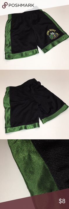 John Deere Athletic Shorts John Deere Athletic Shorts. GUC, some wear (pictures) on green fabric. Perfect play shorts! Size 3T John Deere Bottoms Shorts