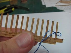 Tutorials | 1 inch minis: how to make miniature baskets from paper