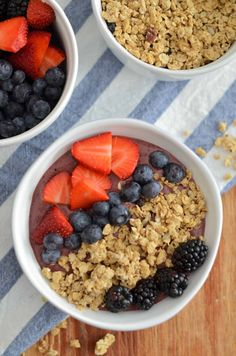 Triple Berry Pecan Crunch Smoothie Bowl is packed with fruit and spinach and topped with crunchy delicious Quaker® Real Medleys SuperGrains Blueberry Pecan Granola. This smoothie bowl is a healthy and satisfying start to the day! Clickthrough for the full recipe and pin for later!