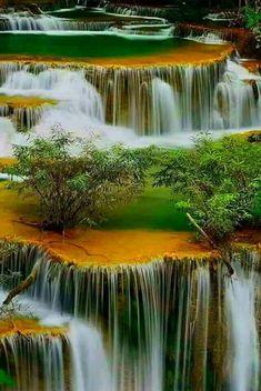 НАСЛАЖДЕНИЕ оказалось нечто среднее между отдыхом и чувственностью... Видеть красоту, ощущать ее цвет, запах...