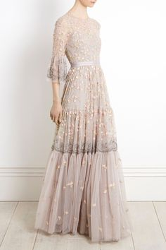 NEW for Christmas 2017 the Climbing Blossom Gown combines delicate pastel flora Fashion Vestidos, Fashion Dresses, Beautiful Gowns, Beautiful Outfits, Beautiful Shoes, Evening Dresses, Prom Dresses, Embroidery Fashion, Embroidery Ideas