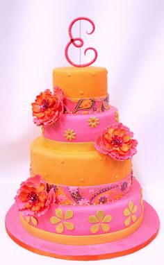 by Lulu Scarsdale  This is beautiful and fun, might be a good wedding cake??? …