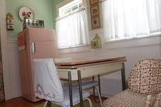 Edit Photos for 'Vintage Pink on Portland-HOT TUB' - Airbnb