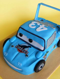 The Cars The King cake by bubolinkata, via Flickr