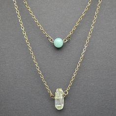 Green Aura Quartz Layered Brass Necklace Healing von AkashaBodyArt