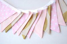 Empavesado de rosado y oro blush por BillieBellaBunting en Etsy