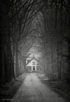 this is the witch's house in hansel and gretel.
