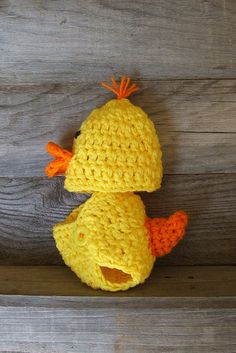 Crochet duck hat with diaper cover