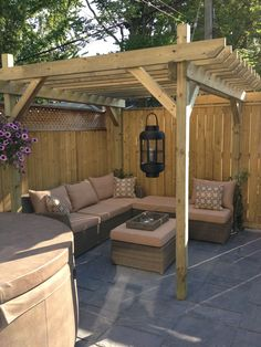 Pergola and Gazebo Kits . Pergola and Gazebo Kits . Cedar Pergola with Built In Bench Seating Backyard Seating, Small Backyard Landscaping, Backyard Pergola, Landscaping Ideas, Cozy Backyard, Corner Pergola, Diy Patio, Sloped Backyard, Backyard Ideas For Small Yards