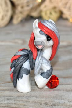 Polymer Clay Sculptures, Polymer Clay Animals, Cute Polymer Clay, Cute Clay, Polymer Clay Creations, Sculpture Clay, Polymer Clay Crafts, Handmade Polymer Clay, Handmade Art