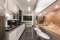 Cozinhas com bancadas de refeições rápidas - veja modelos lindos e dicas!