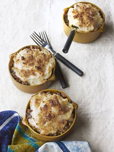 If you're looking for a delicious shepherd's pie, try this updated recipe. Wolfgang Puck's shepherds pie is made with lamb and potatoes, a classic casserole, updated for Country Living Magazine. Dinner Casserole Recipes, Dinner Recipes, Chicken Casserole, Casserole Dishes, Lamb Recipes, Cooking Recipes, Chicken Recipes, Great Recipes, Favorite Recipes