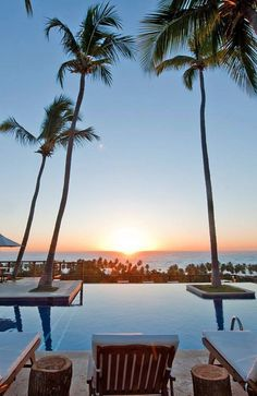 Relax in Dominican Republic's unspoiled southwestern peninsula.