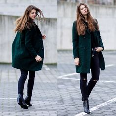 Get this look: http://lb.nu/look/7969152  More looks by Jacky: http://lb.nu/whaelse  Items in this look:  Selected Femme Coat, Zara Jeans   #casual #minimal #street #modeblog #fashionblog #greencoat #westernbelt #allblack #whaelse