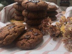 Ταχινομπισκότα με σοκολάτα Healthy Recipes, Healthy Food, Food Inspiration, Cookies, Desserts, Healthy Foods, Crack Crackers, Tailgate Desserts, Deserts