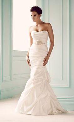 Mikaella 1651: save 56% off retail on this dress on PreOwnedWeddingDresses.com