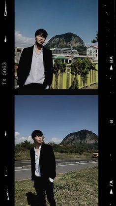 Ikon Wallpaper, Wallpaper Backgrounds, Koo Jun Hoe, Funny Boy, Always Smile, Hanbin, Boyfriend Material, Beautiful Boys, Kpop