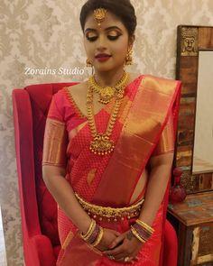 Bridal Sarees South Indian, Bridal Silk Saree, Indian Bridal Fashion, South Indian Bride, Wedding Saree Blouse Designs, Pattu Saree Blouse Designs, Fancy Blouse Designs, Christian Wedding Gowns, South Indian Wedding Hairstyles