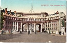 Postcard London New Admiralty Arch