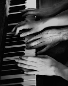 Four hands piano. Lenalee Lee, Blake Steven, Hopeless Romantic, Belle Photo, White Photography, Vintage Photography, Love Story, Just In Case, Musicals