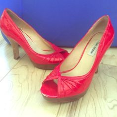 Rockabilly pinup Steve Madden Red Heels Rockabilly pinup Steve Madden Red peep toe heels , A red sharpie might be able to cover white marks . Size 8 Steve Madden Shoes Heels