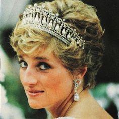 Freddie Mercury dressed Princess Diana in drag to sneak her into a gay bar