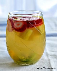 Tropical Moscato Sangria | Real Housemoms