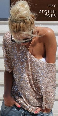 Soft Summer Fashion Women T Shirt Shiny Glitter Gift Round Neck Sequined Bling Girls Women's Summer Fashion, Look Fashion, Party Fashion, Fashion Art, Mode Outfits, Fashion Outfits, Womens Fashion, Summer Outfits, Casual Outfits