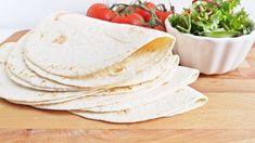 Csavard fel - puha tortilla lapok házilag Ciabatta, Yummy Food, Cheese, Meals, Mom, Cake, Ethnic Recipes, Delicious Food, Meal
