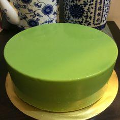 "[gallery ids=""3508,3287,3293,3289,3294,3292,3296,3295,3290,3291,3310,3311,3507,3505,3506″ type=""slideshow""] Follow the cake recipe here Kaya (Custard) recipe largely adapted… Layer Cake Recipes, Dessert Recipes, Layer Cakes, Cake Cookies, Cupcake Cakes, Cupcakes, Pandan Layer Cake, Asian Desserts, Filipino Desserts"