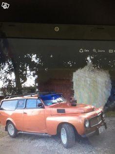 Har fått till  uppgift att  sälja grannens veteranbil pga makens dödsfall . Det är en specialbyggd Volvo Av 1967 årsmodell sammanbyggd av en PV och en 145 Bilen är bra men behöver en varm hand och en uppfräschning  då den har stått stilla i nästan 3 ...