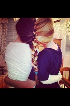 Best friends forever ♥ this is basically me and my bff im the blonde and shes the brunette .were gunna try todo this haha Photos Bff, Best Friend Pictures, Bff Pictures, Beach Pictures, Cute Hairstyles, Braided Hairstyles, Style Hairstyle, Foto Website, Shotting Photo