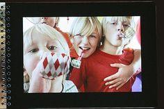 Livre photo Small de la série SMALL au format d'un bloc-note horizontal. Petit, à spirales et souple, ce livre photo peut raconter de belles histoires en couleur ou noir et blanc. Un transparent est disposé en guise de couverture.