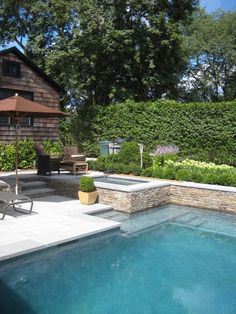 retaining wall into the pool