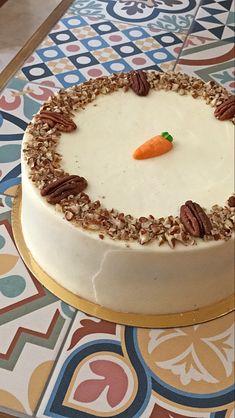 LA-MEJOR-CARROT-CAKE Chicken Salad Recipes, Croissants, Dessert Recipes, Desserts, Carrot Cake, Carrots, Birthday Cake, Cooking, Sweet