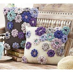 Spring Bloom Pillows by Rae Blackledge, Ravelry - Crochet Clothing 2019 - 2020 Crochet Flower Patterns, Crochet Motif, Crochet Flowers, Knit Crochet, Crochet Kits, Ravelry Crochet, Crochet Blocks, Blanket Crochet, Crochet Granny