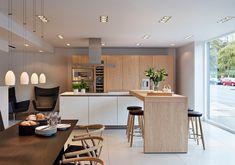 Bulthaup kitchen with Carl Hansen & Son furniture.