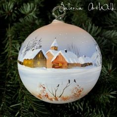 Painted Christmas Ornaments, Hand Painted Ornaments, Christmas Snowflakes, Christmas Tree Ornaments, Christmas Balls, Winter Christmas, Christmas Paintings, Christmas Tree Decorations, Holiday Crafts