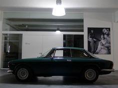 Alfa Romeo GT 1300 Junior (1965–1977)