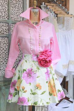 Look de la semana: Falda Santorini con tonalidades rosas para un fin de semana de enamorados. #GriseldaTovar #Moda #Mujeres #ClothingVintage