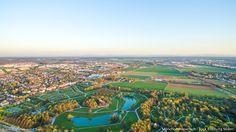 Das Münchner Umland gewinnt immer mehr an Attraktivität. Als idyllische Region für Ausflug und Urlaub sind die Bezirke rund um München schon lange bekannt. Inzwischen sind Wirtschaftskraft und Infrastruktur deutlich gewachsen und neue Branchen haben sich vor den Toren Münchens angesiedelt. Was macht die Region heute und in Zukunft so attraktiv? Foto: pool91 Werbeagentur GmbH