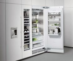 The Vario cooling 400 series. Stainless steel inside and out - a great break from the cheap plastic found inside most fridges. Smart Kitchen, Kitchen Hacks, Kitchen Ideas, Australian Architecture, Kitchen Equipment, Bathroom Medicine Cabinet, Refrigerator, Home Furniture, Locker Storage